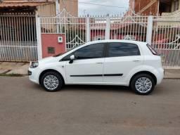 Fiat Punto Attractive 1.4 Completo 2013