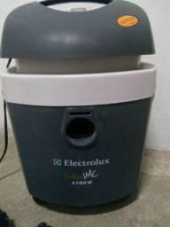 Aspirador de pó e água hidrovac Electrolux 1300whats