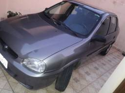 Vendo corsa sedan clássic