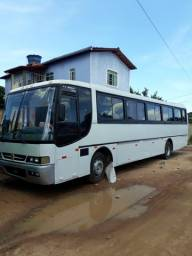 Vendo onibus busscar rodoviario mercedes bens motor 366 bancos de napa zap *