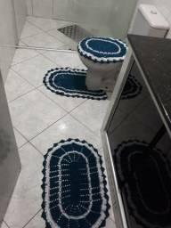 Faço tapetes de cozinha,banheiro toalhinhas em croche, vários estilos e cores