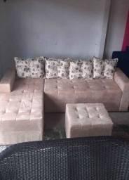 Sofá chaise de dois ou três lugares + puff