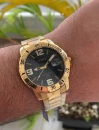 Um dos relógios mais top, temos muito mais, só chamar e enviamos todos.
