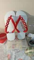 Lindo chinelo decorado
