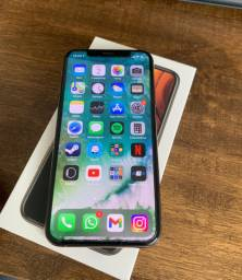 iPhone XS  - 64GB - Usado
