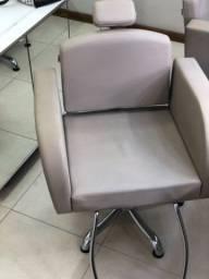Título do anúncio: Cadeira salão de beleza