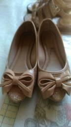 Sapatilha e sandálias