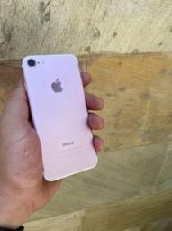 Título do anúncio: IPhone 7 32gb rose Gold