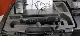 Microfone auricular Karsect CRU 302 com case