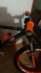 Bike top aro 26 pneus balões 2.60 de guidão Gios Br 780mm peças Shimano bike linda