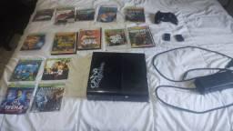 Xbox 360 acompanha controle