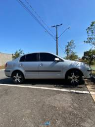 Polo Sedan Prata Completo!