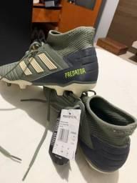 Chuteira Adidas predator