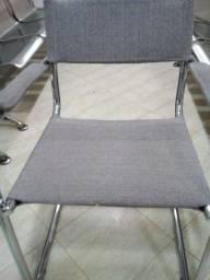"""Vendo cadeiras """"super""""reforçadas, cromadas, assento e encosto couro coberto com tecido"""