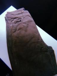 Título do anúncio: Calça Mom jeans Verde 36