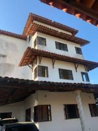 Oportunidade! Casa estilo pousada em condomínio fechado na Santa Amélia