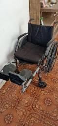Título do anúncio: Vendo cadeira de roda