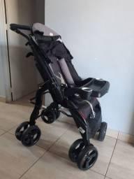 Vendo carrinho de bebê  tutti baby