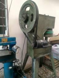 Maquinas de fazer chinelos e rasteirinhas