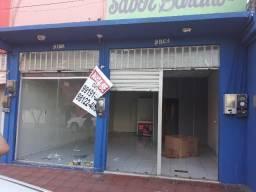 Ponto comercial na Av. Bernardo Sayão