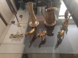 Peças decorativas em bronze