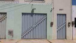 Casa com ótimo espaço no Tiradentes.