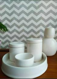 Kit Higiene Bebê Porcelana com Moringa