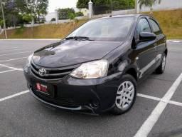 ® Toyota Etios X 1.3 2014/2015 (Flex)(Mec) Baixo Km + Multimídia + Câmera de Ré - 2015