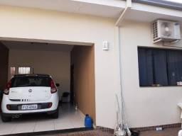 Casa com salão comercial Vila Cardim