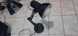Luminária móvel, com lâmpada de led!