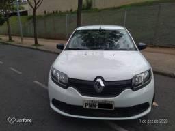 Renault Authentic