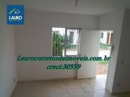 Casa duplex com 02 qtos no São Jacinto