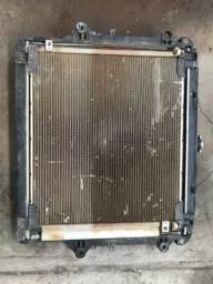 Radiador e condensador Toyota Hilux 2013
