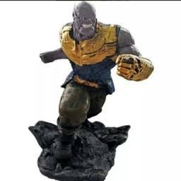 Boneco Thanos Resinado