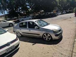 Clio 1.6 sedan - 2005