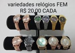 Vende-se relógios femininos