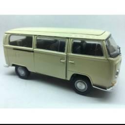 Carro em miniatura - Ferro