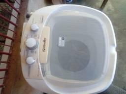 Uma lavadoura tanguinho