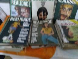 Varia edições da revista realidade