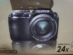 Máquina fotográfica FUJIFILM