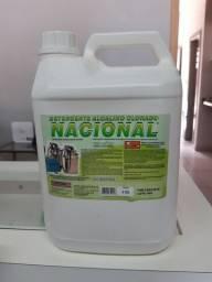 Detergente para ordenhadeira