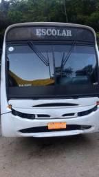 Vende se ônibus escolar