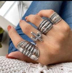 Lindos anéis em prata