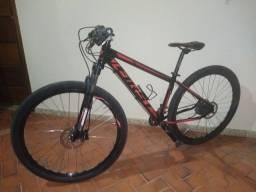 Vendo bike quadro 15.5 FIRST , DEORE XT Shimano 10 x2, suspensão bike Max,.