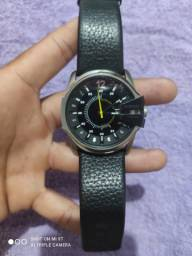 Relógio Diesel bem conservado