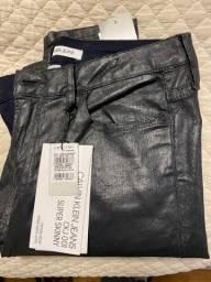 Calça Resinada preta
