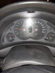 Corsa sedan Premium 2004/2005