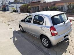 Toyota Etios 1.3x abaixo da FIPE