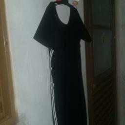 vestido longo preto listrado de lado