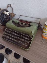 Máquina de escrever antiga decoração